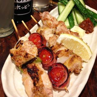 2.5H飲み放題付き◆歓送迎会などのご宴会に◆新鮮な鶏料理と自慢の串焼きを堪能!